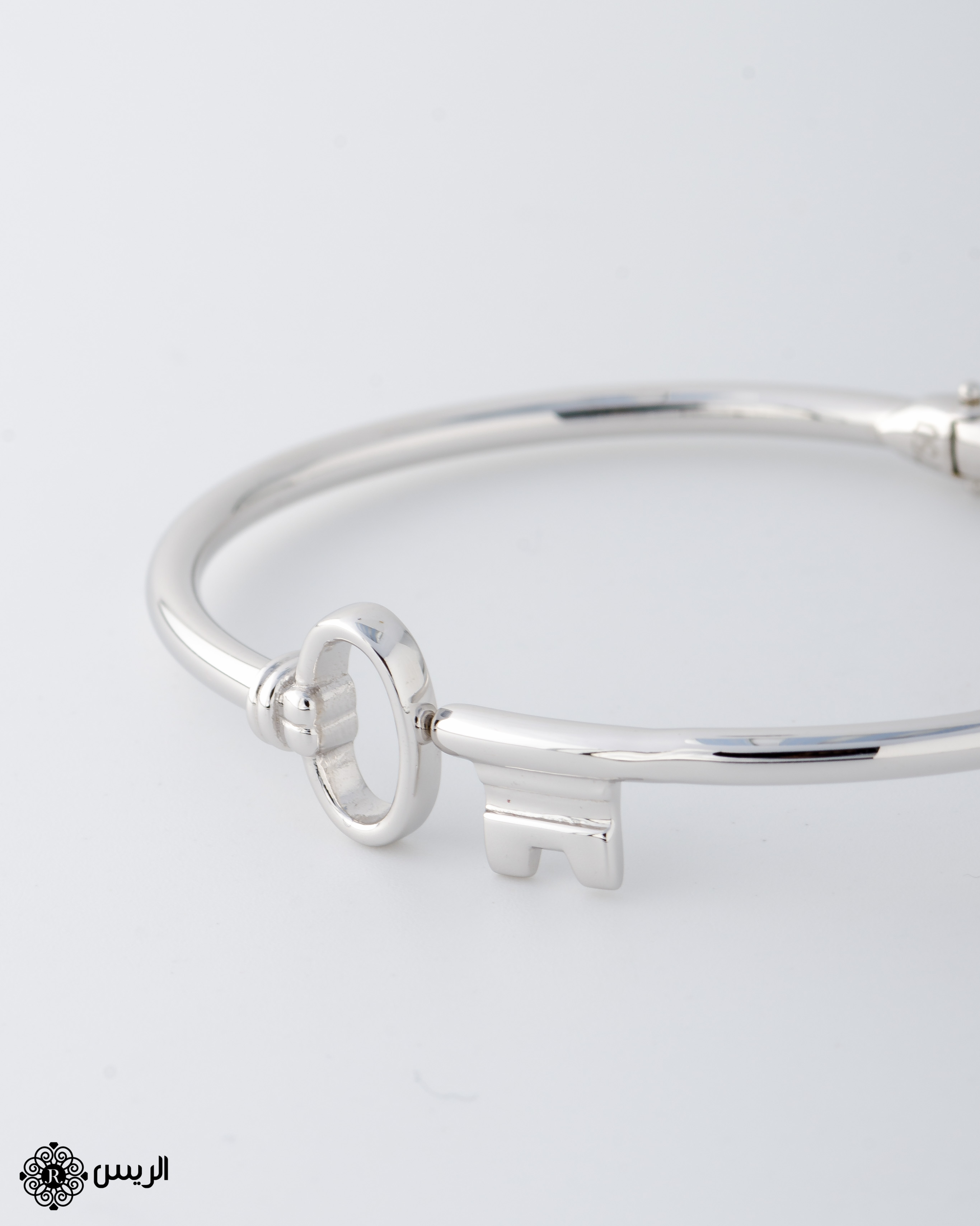 Raies jewelry Bangle Key Casual Design إسورة مفتاح تصميم سبور الريس للمجوهرات