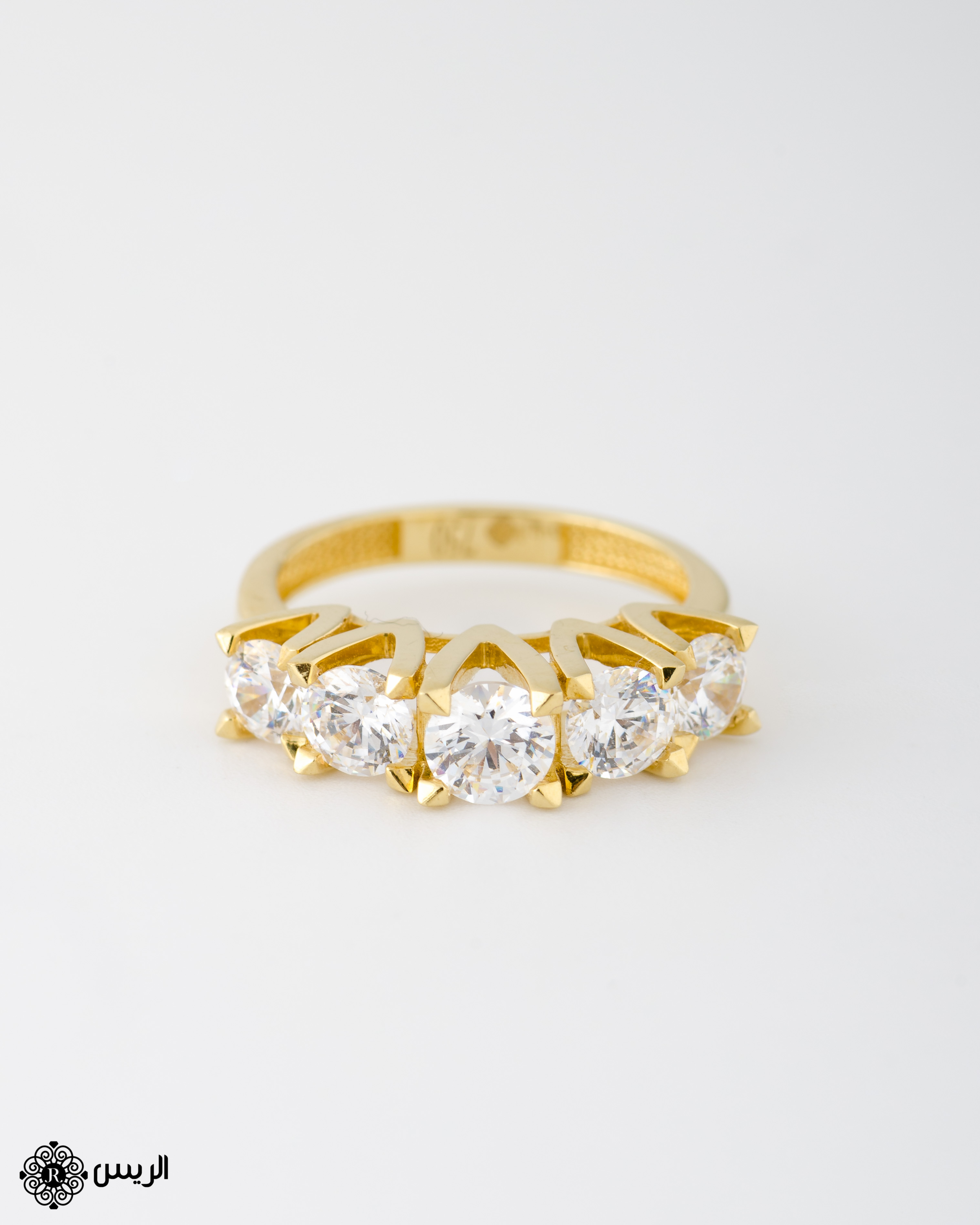 Raies jewelry Solitaire Ring with 5 Stones خاتم سوليتير بخمسة فصوص الريس للمجوهرات