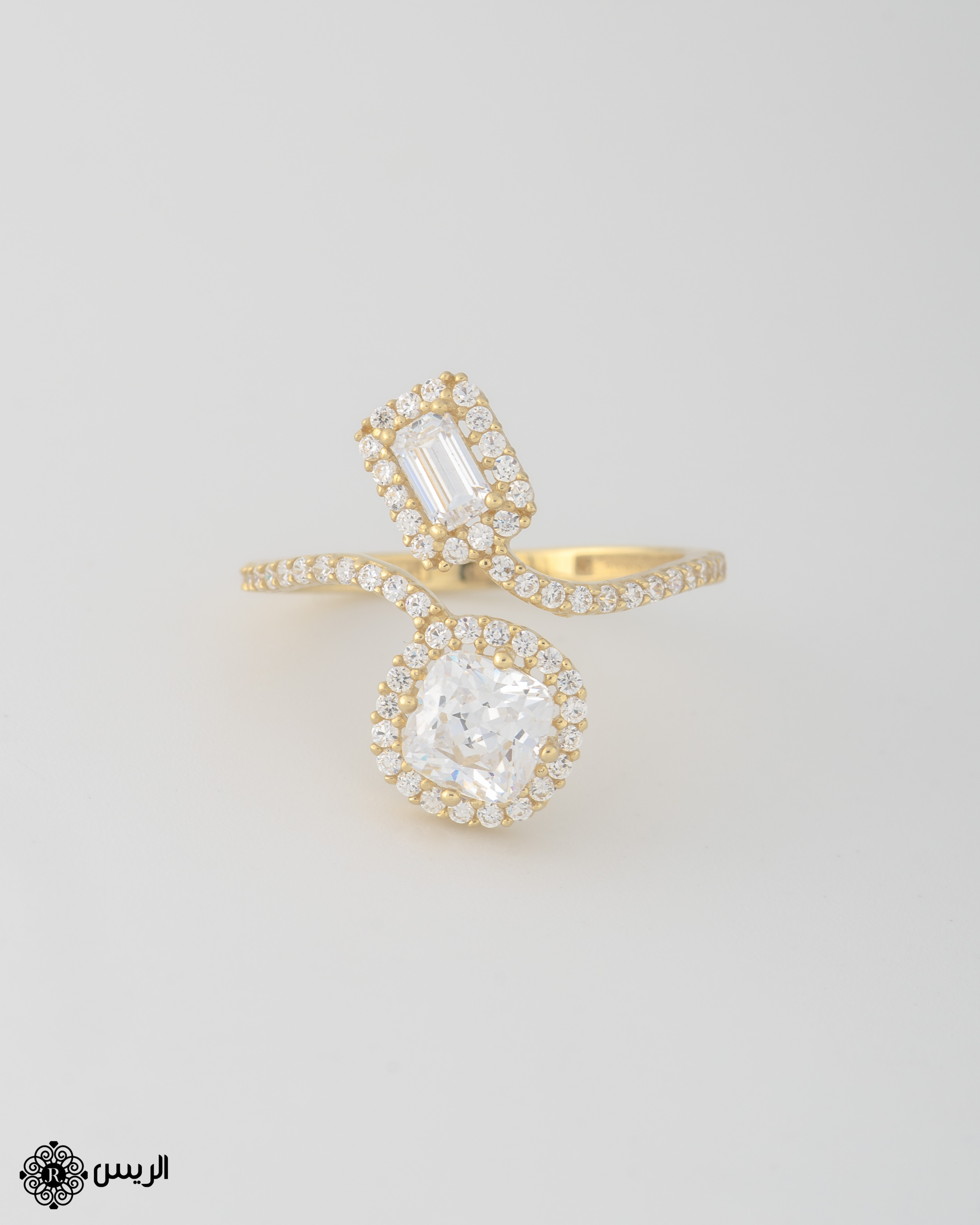 Raies jewelry Delicate Ring خاتم كلاسيك الريس للمجوهرات