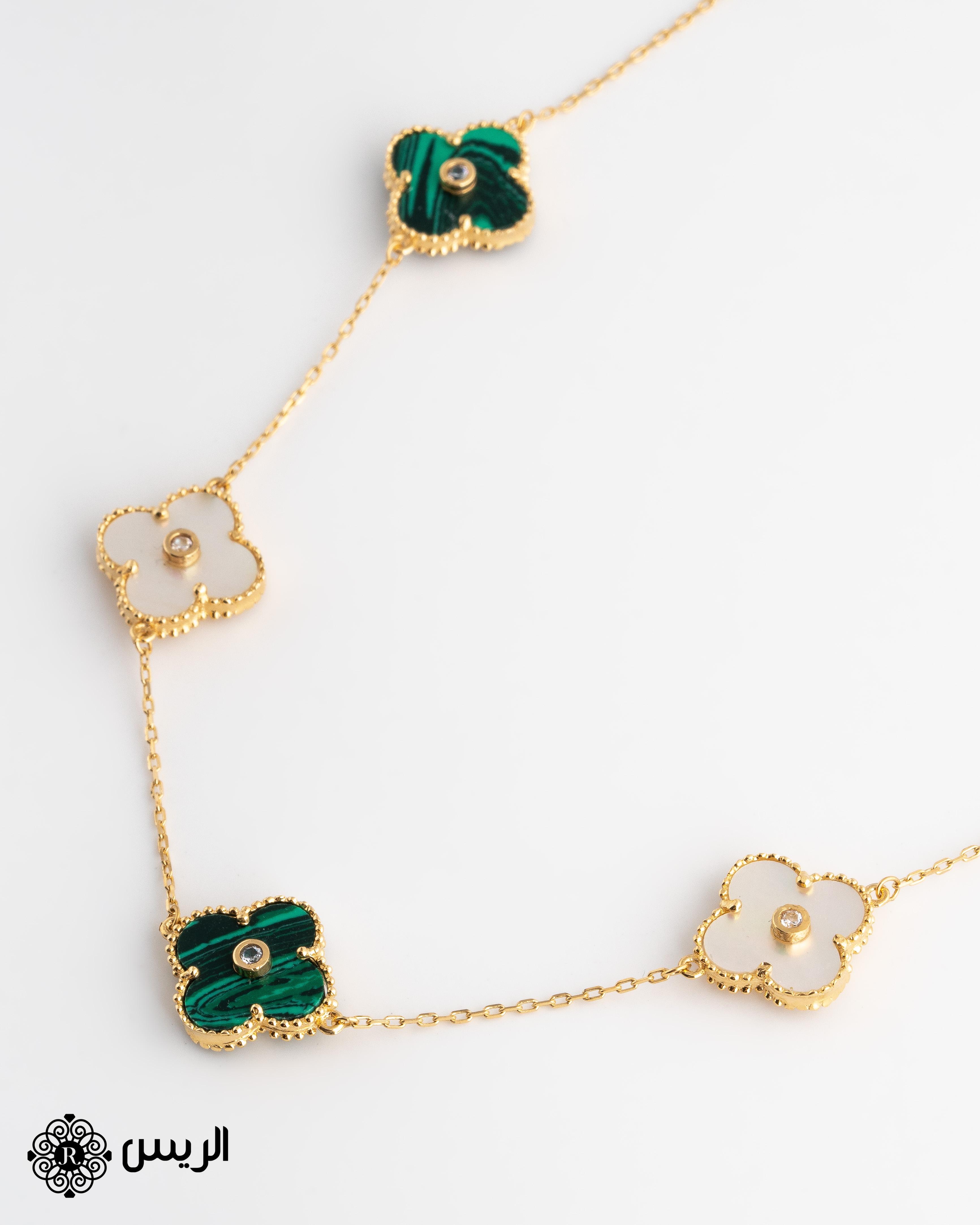 Raies jewelry Short Necklace 5 Flowers عقد قصير بـ5 وردات الريس للمجوهرات