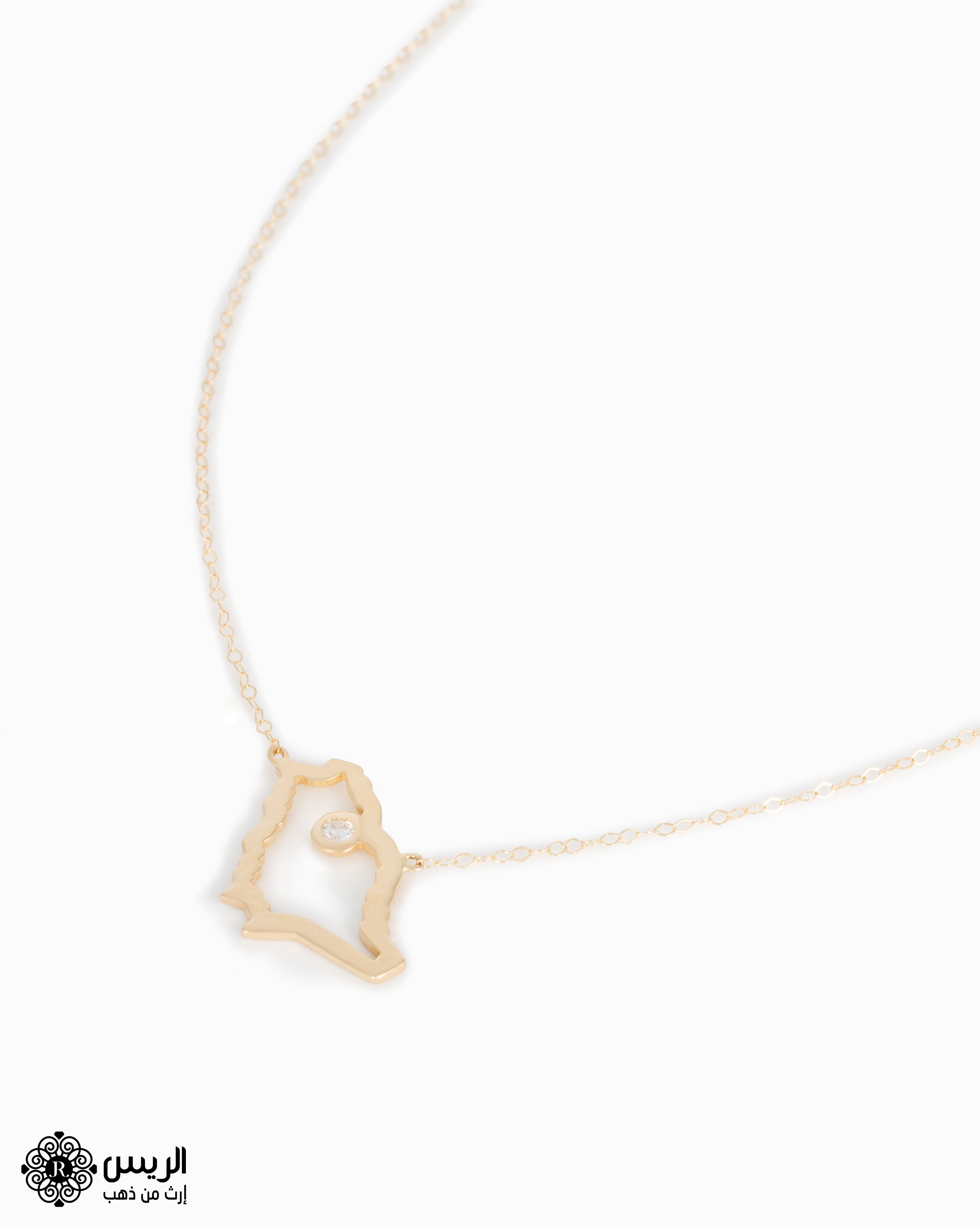Raies jewelry Necklace With Chain KSA Map تعليقة مع سلسله خريطة المملكة الريس للمجوهرات